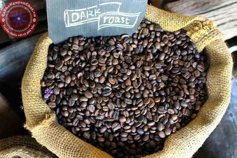 Người ta thường bảo quản cà phê trong bao