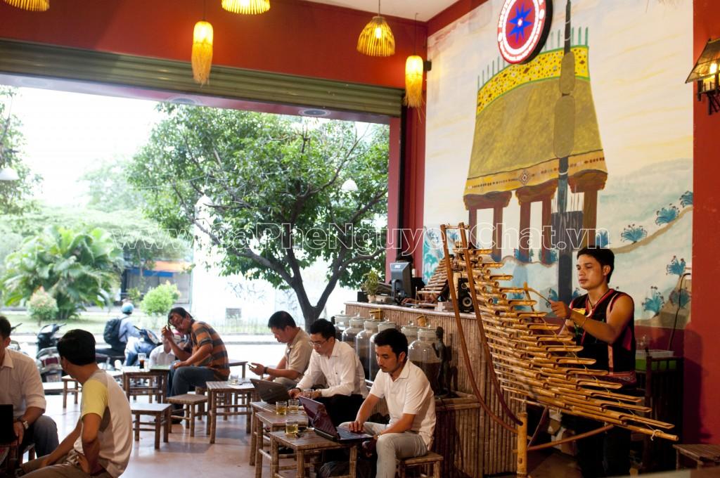 Mở quán cafe nguyên chất Tây Nguyên hút khách