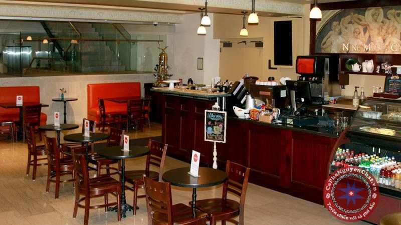 cafe take away không có khách