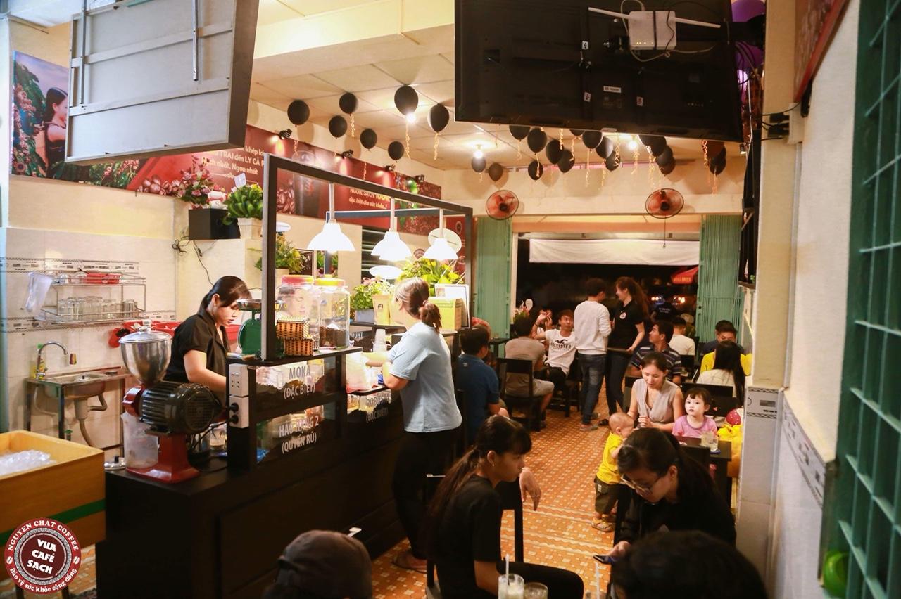 Cách mở quán cà phê rang xay