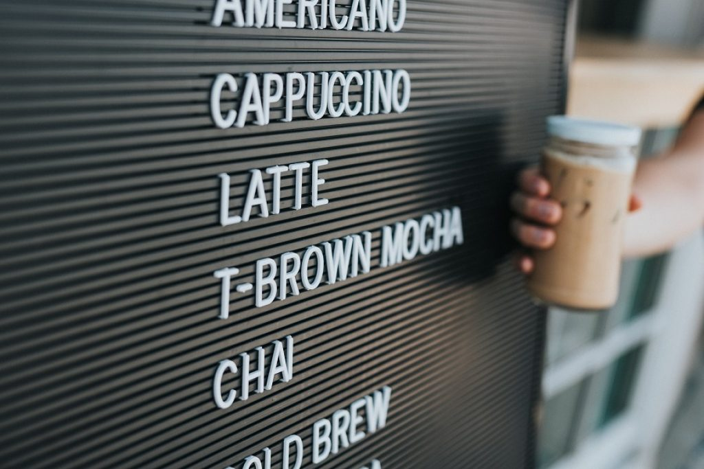 Tăng giá sẽ tăng doanh thu quán café của bạn