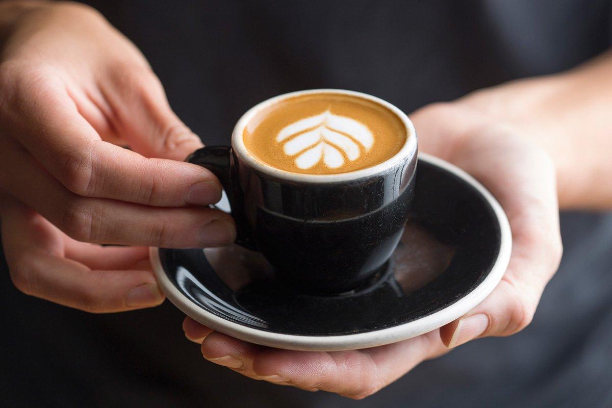 Những kinh nghiệm về cách mời khách vào quán café