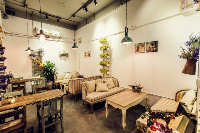 Trang trí quán café theo phong cách vintage cổ điển